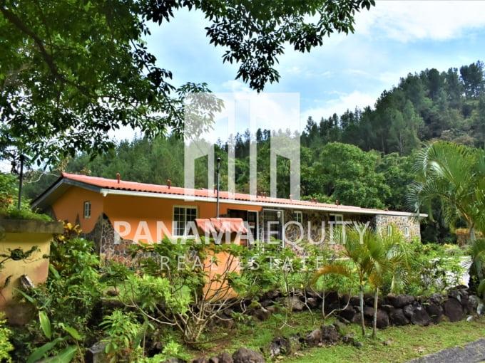 Toscana 210 for sale in Altos del Maria