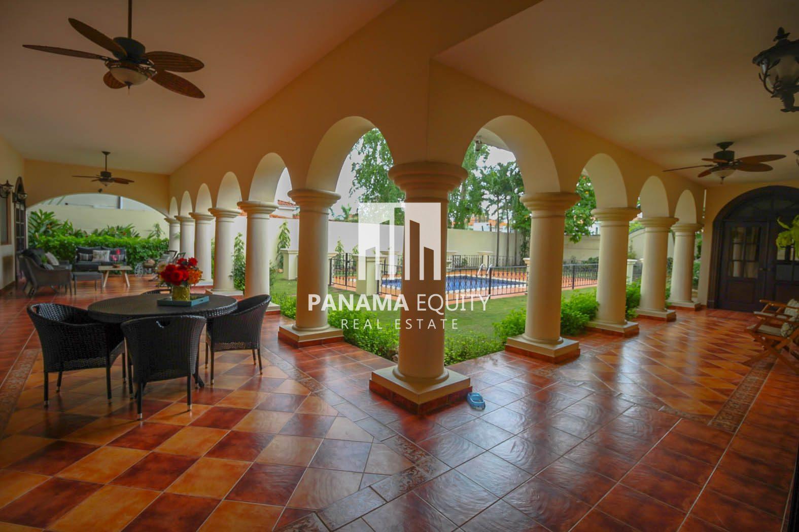 Hacienda-Style Villa For Sale In Costa del Este