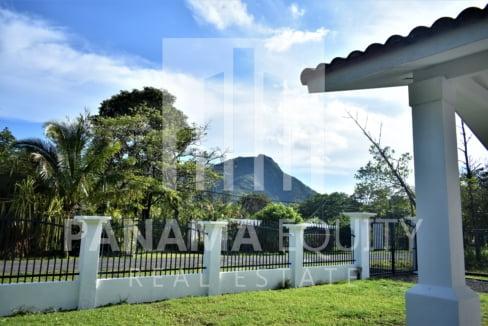 Villa Blanca El Valle For Sale 19