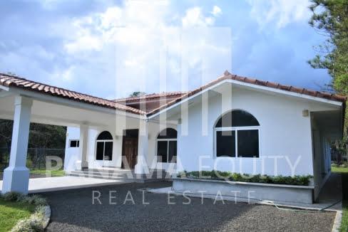 Villa Blanca El Valle For Sale 20