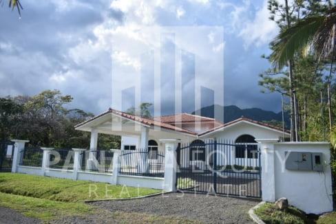 Villa Blanca El Valle For Sale 23