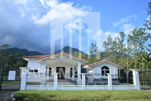 Villa Blanca El Valle For Sale 24