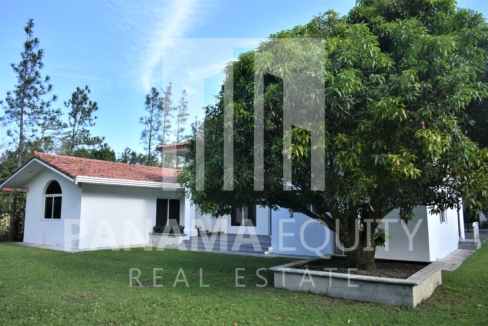 Villa Blanca El Valle For Sale 28