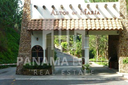 Altos del Maria Panama  mountain land for sale c