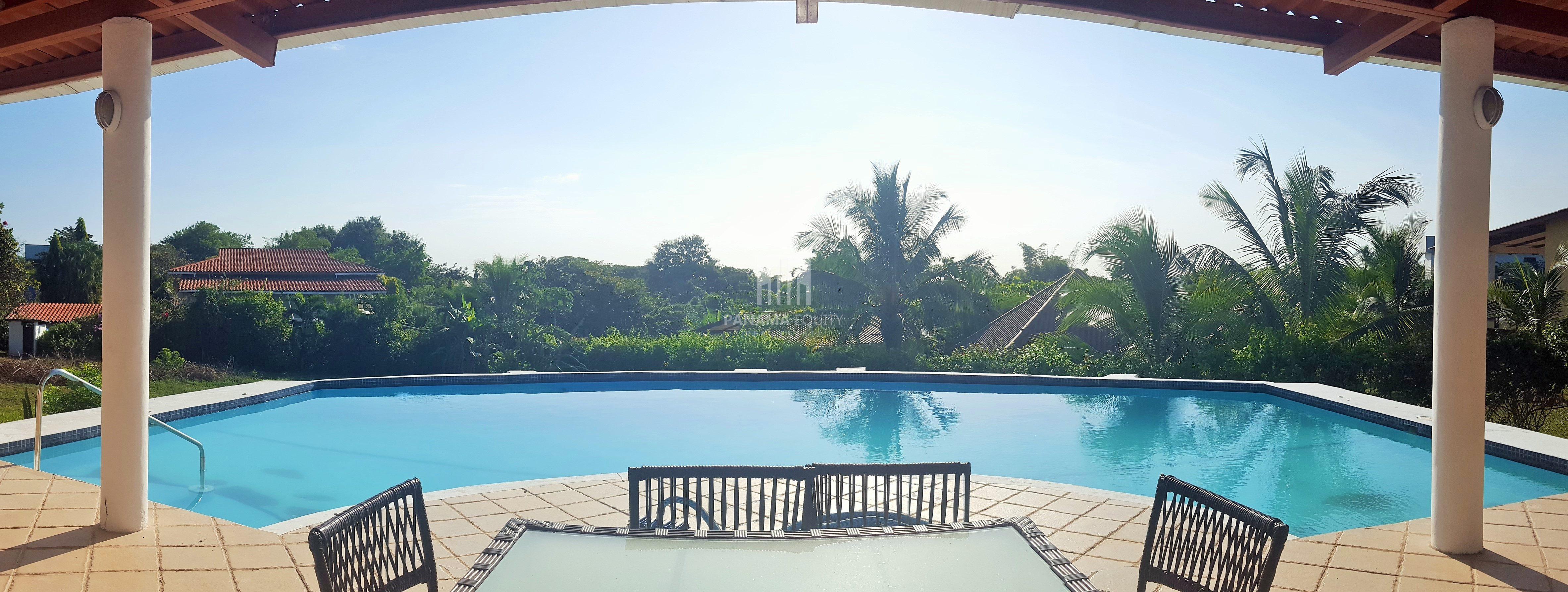 Copecito Villa – Spacious House in San Carlos