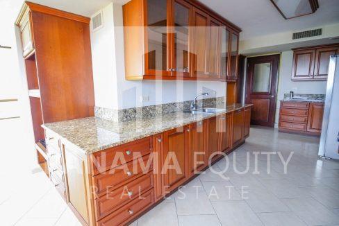 Cerro Bonito Altos del golf San Francisco Panama Apartment for rent with appliances-002