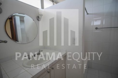 Cerro Bonito Altos del golf San Francisco Panama Apartment for rent with appliances-007