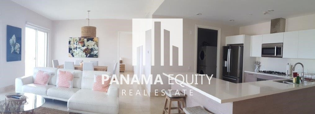 Ocean View Villa – Luxury Condo in Buenaventura