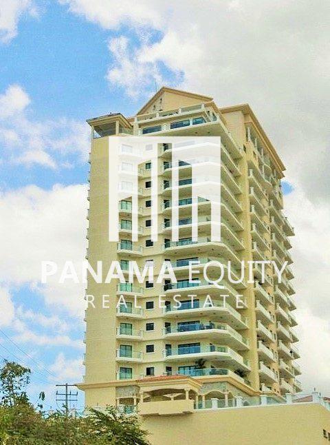 La Vista Villa – Priced to Sell in Vistamar