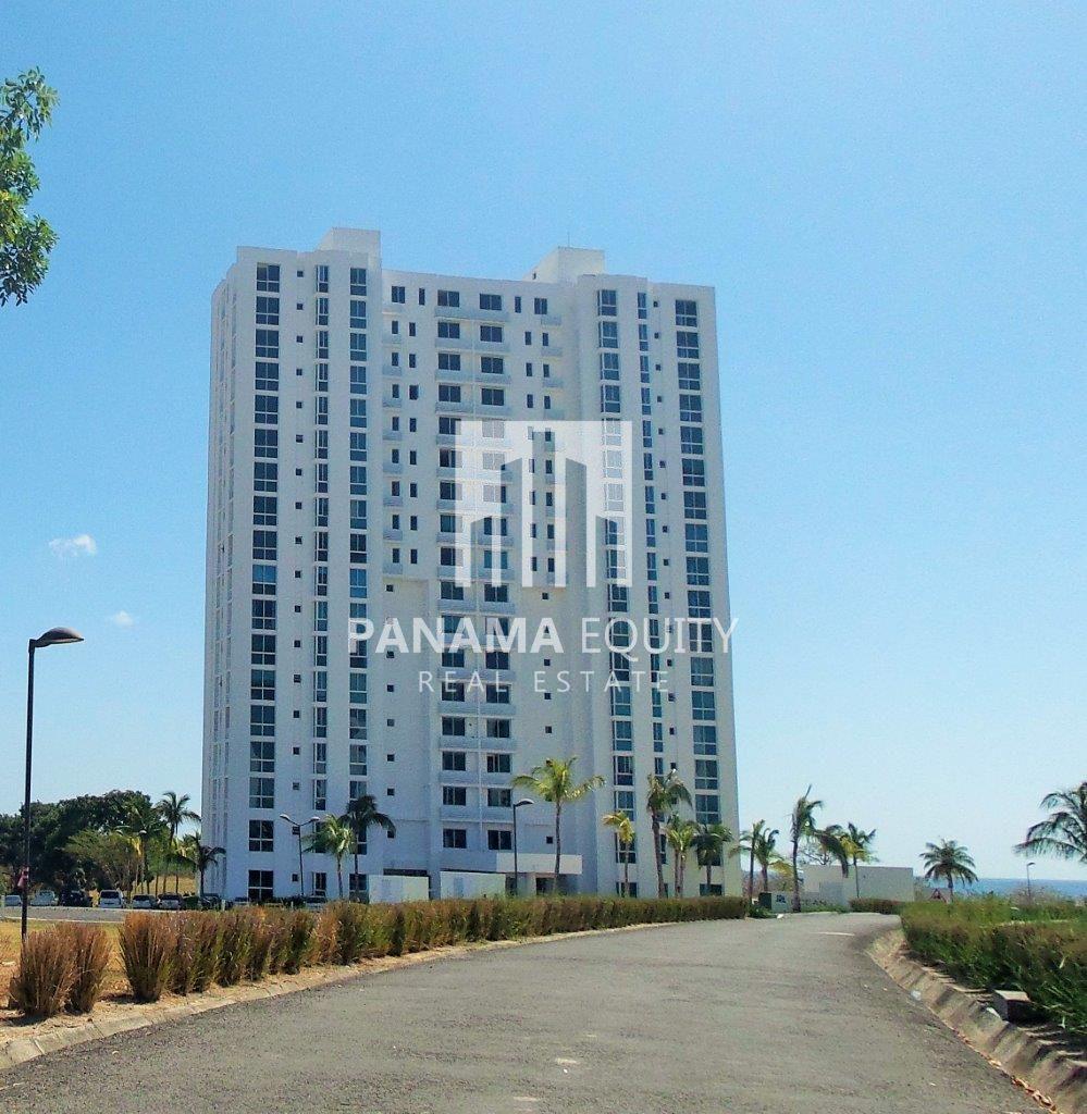 Spacious and impeccable condominium in Playa Blanca