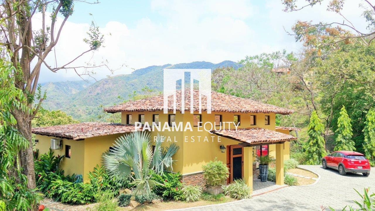 Villa Serena en Altos del Maria – Total Privacy on Dead end Road