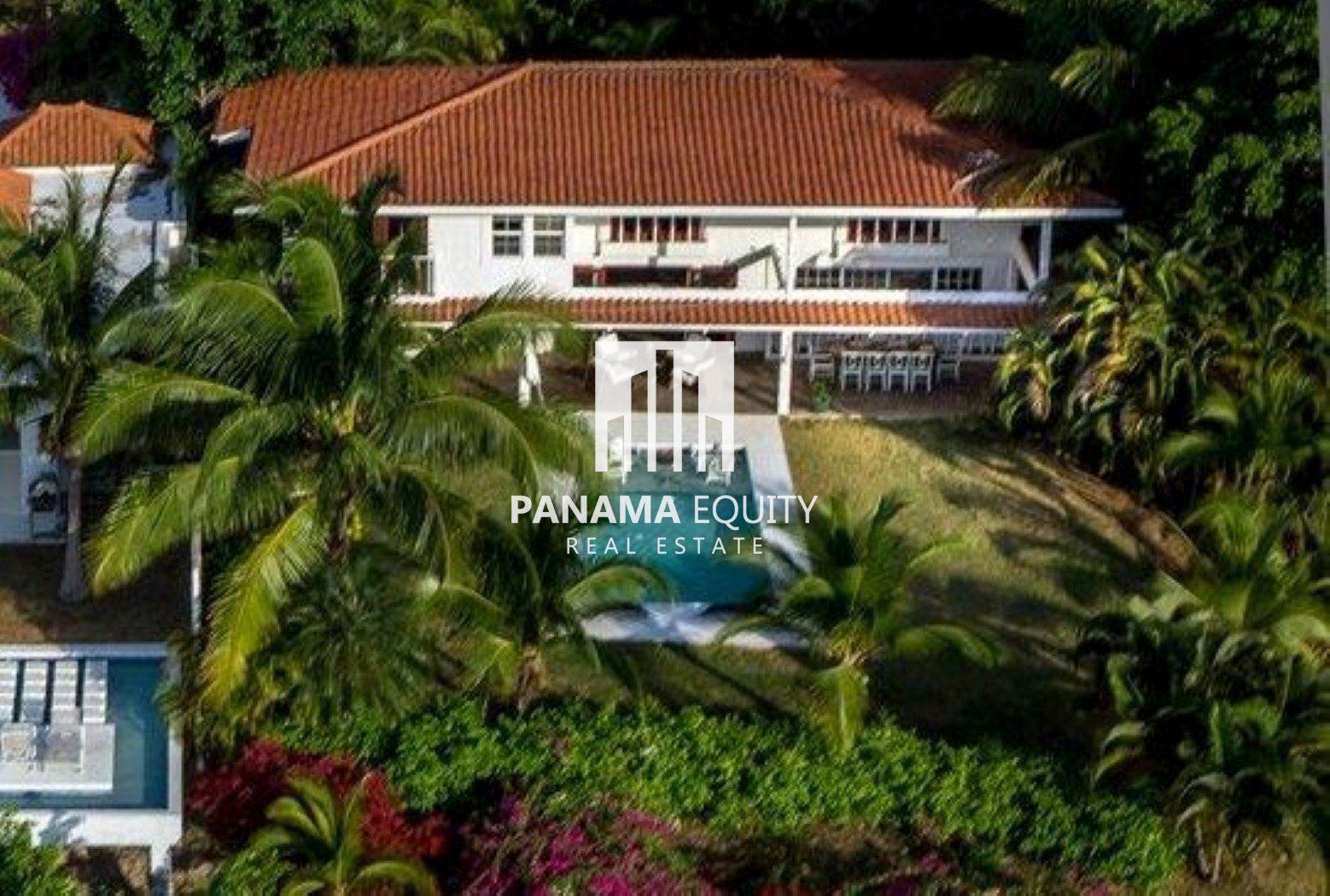 Dead End Road with Ocean View Villa in Costa Esmeralda