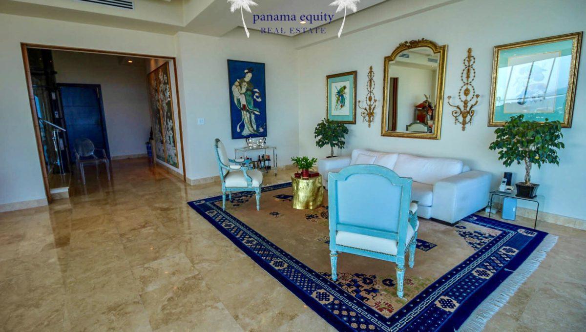 03-Top-Luxury-Panama-Penthouse-for-Sale-2