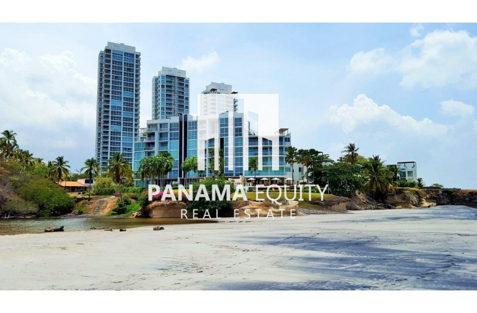 Luxury Condo For Rent at Rio Mar