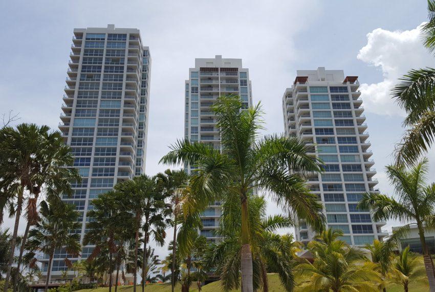 Rio Mar Panama beach condo for sale