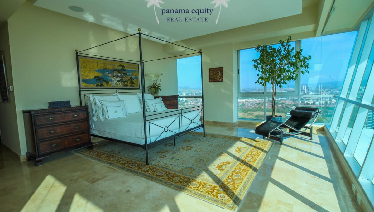13-Top-Luxury-Panama-Penthouse-for-Sale-11