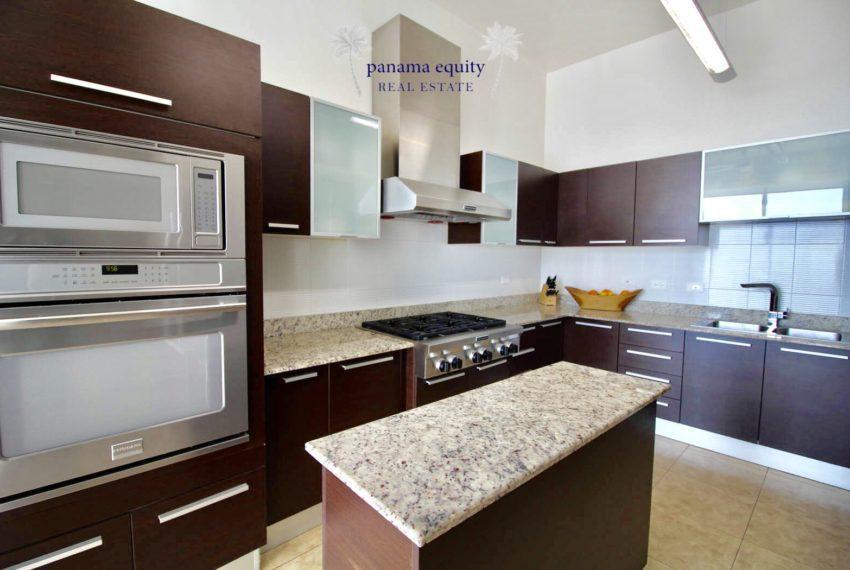 18 Top Luxury Panama Penthouse for Sale 13