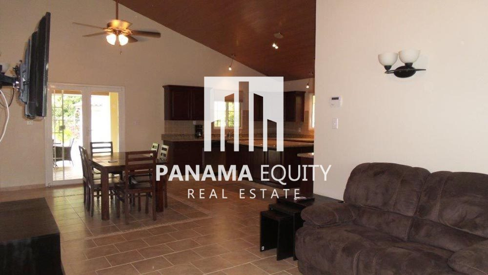 Panama beach home for sale Santa Clara Panama