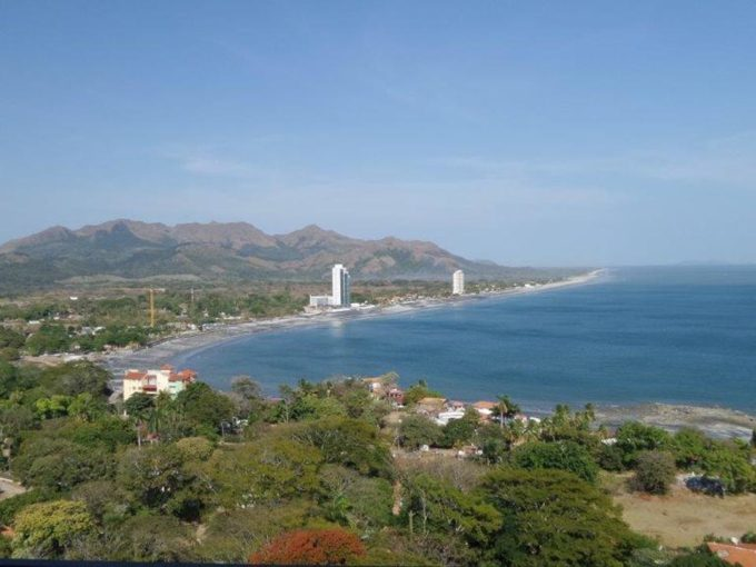 Gorgona Panama beach condos for sale