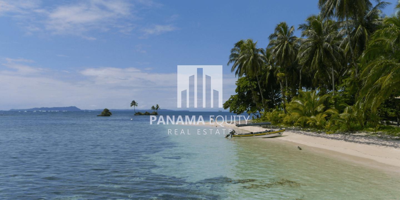 Bocas-Del-Toro-Panama-caribbean-beaches