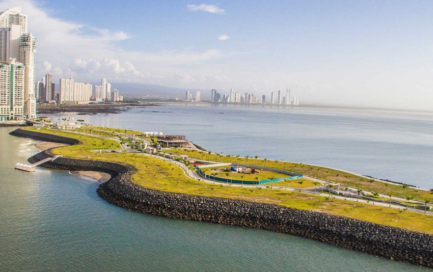 construction-starts-on-downtown-panamas-second-artificial-island