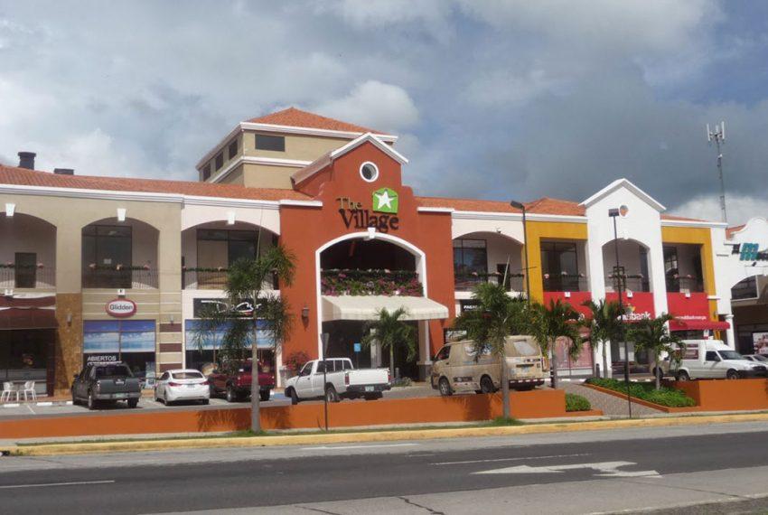 Shopping in Coronado: no need to head to Panama City