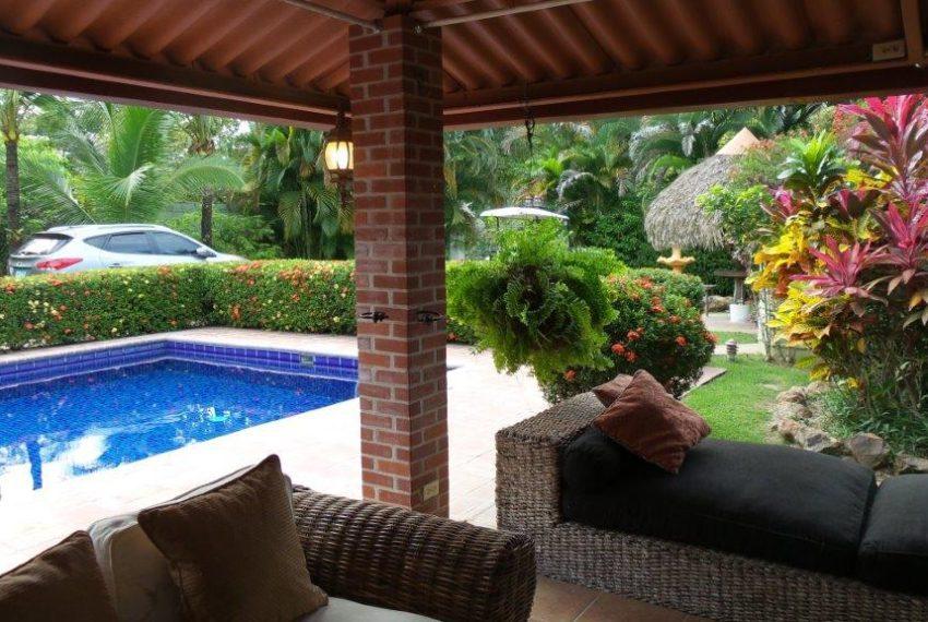 Cozy-beach-House-in-Coronado-3