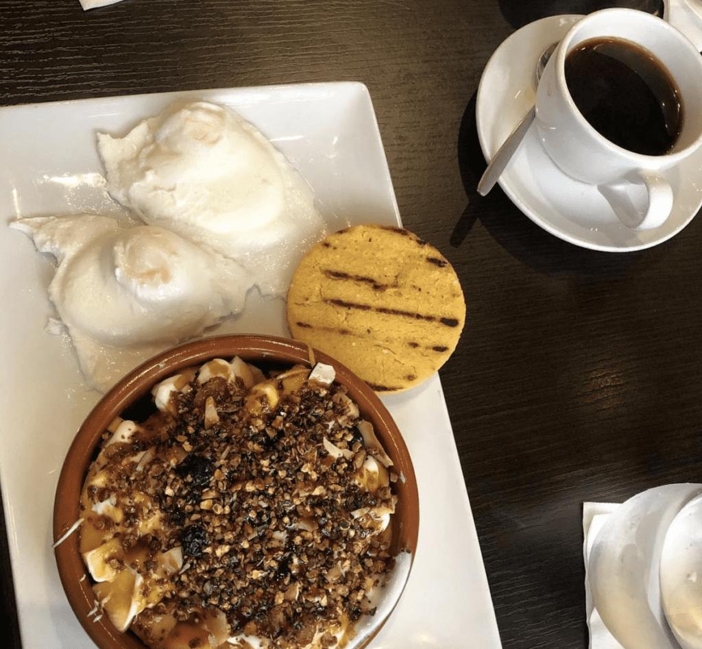El Trapiche brunch plate with eggs