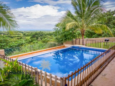 Incredible home in Cañas