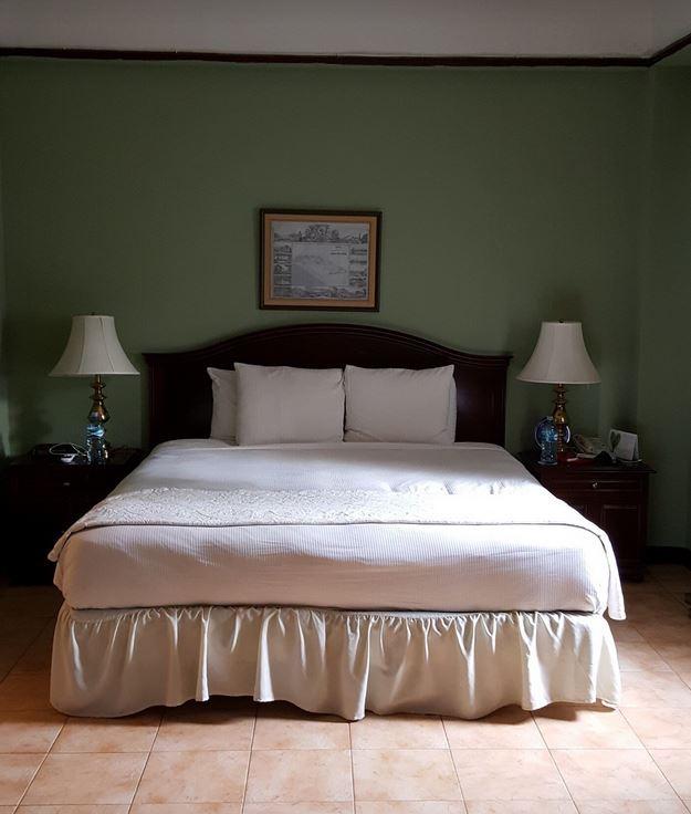 Hotel de Ville Panama City Hotel Room