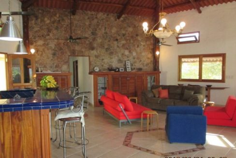 Luxury-home-for-sale-in-San-Carlos-3-1