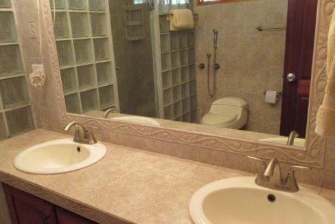 Luxury-home-for-sale-in-San-Carlos-5-1