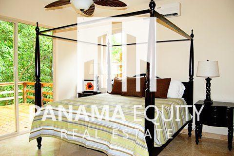 Panama-Caribbean-Bocas-del-Toro-home-for-sale-2-1