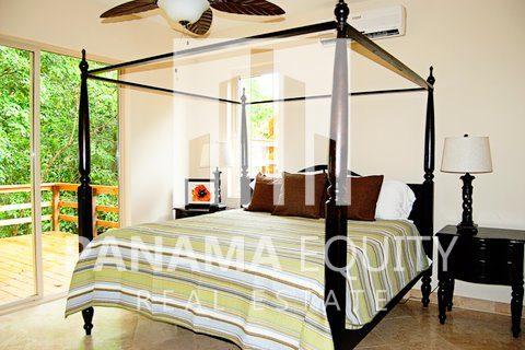 Panama-Caribbean-Bocas-del-Toro-home-for-sale-2