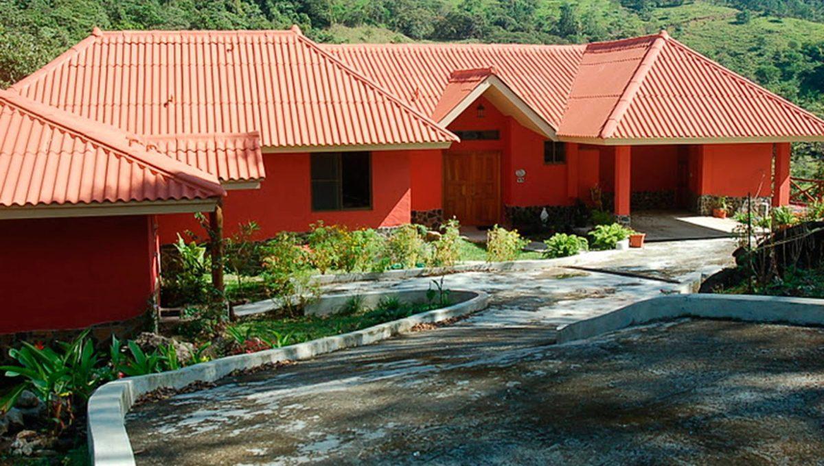 panama-mountain-homes-for-sale-altos-del-maria-panama-1