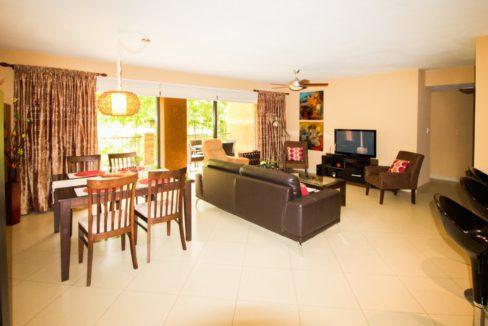 panama-city-condos-for-rent-embassy-club1
