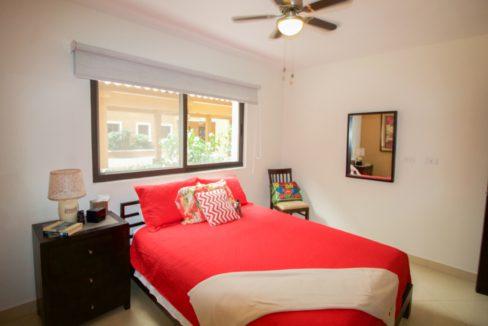 panama-city-condos-for-rent-embassy-club10