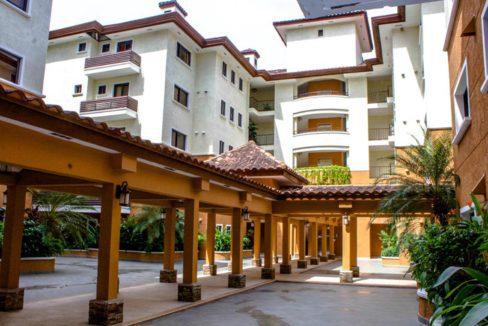 panama-city-condos-for-rent-embassy-club14