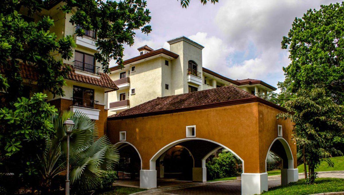 panama-city-condos-for-rent-embassy-club15