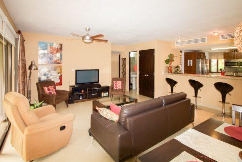 panama-city-condos-for-rent-embassy-club4