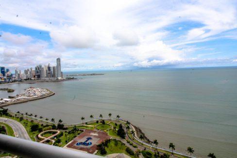 panama-city-condos-for-sale-avenida-balboa-panama1