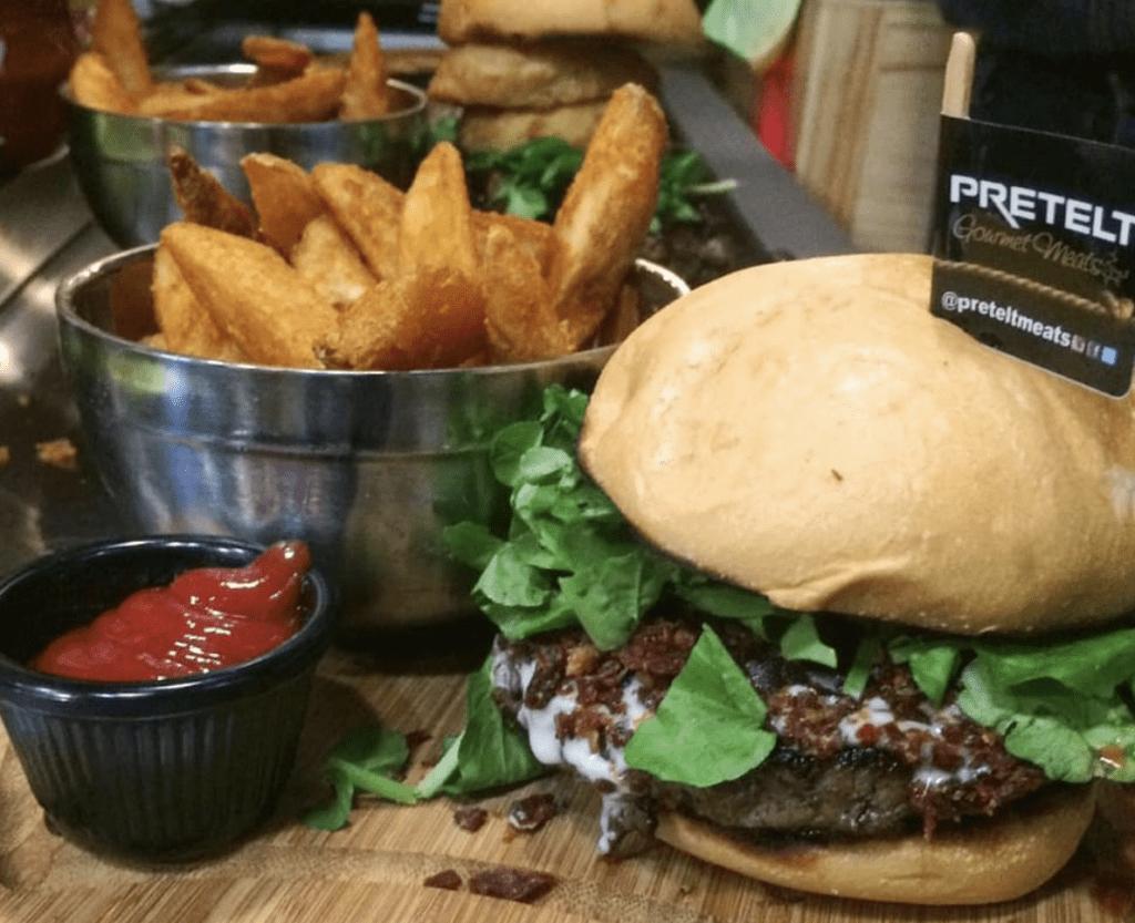 Preteit-meats-burger-panama