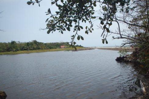 Prime Oceanfront Parcel near Playa Venao Panama 8