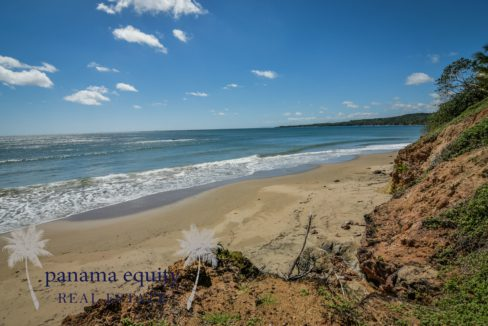 Private Beachfront Residence (8 of 15)