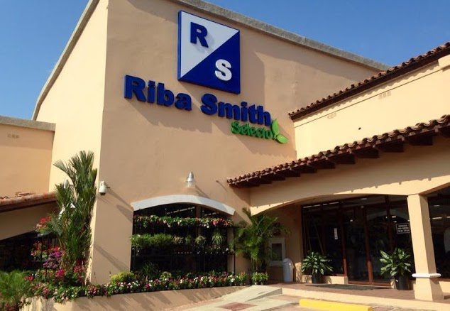 Riba-Smith-Supermarket-Panama