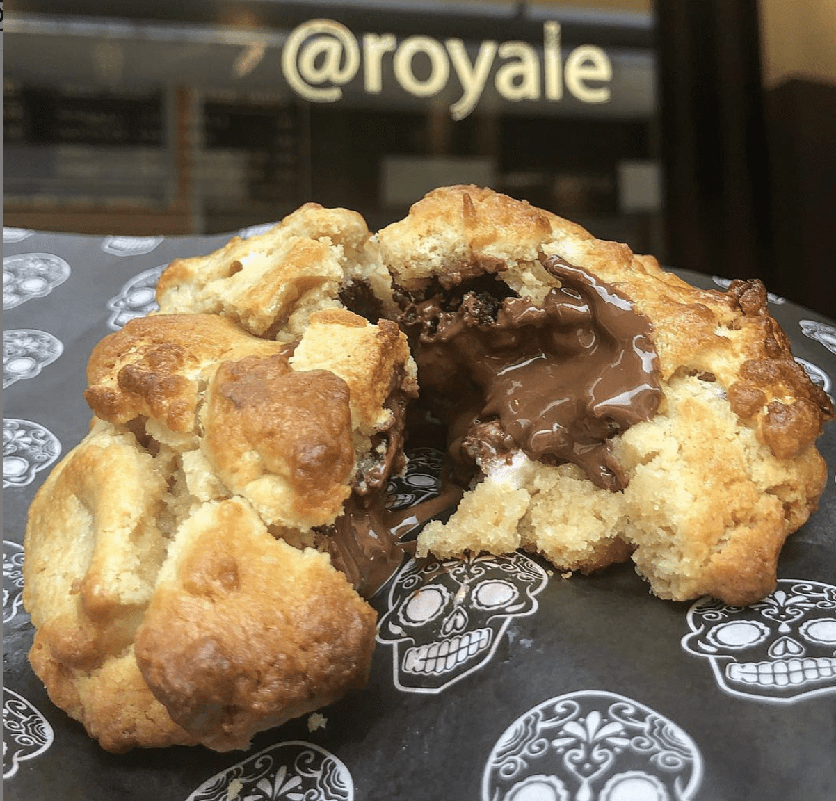 Royale Cookie Bar Panama Chocolate Chip Cookie