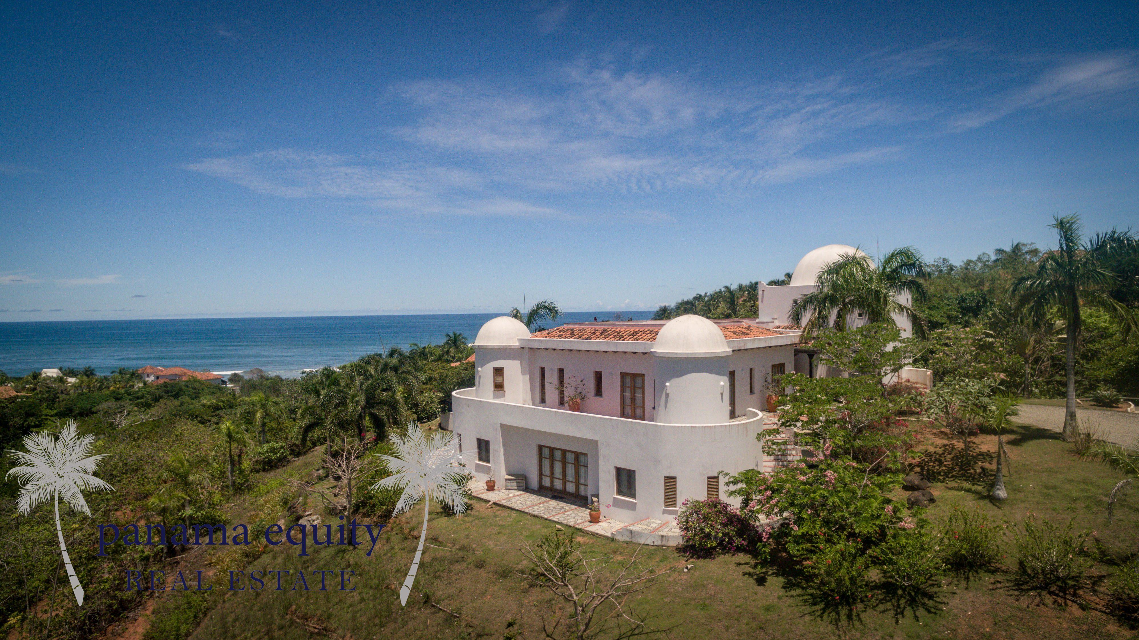 La Villa Blanca
