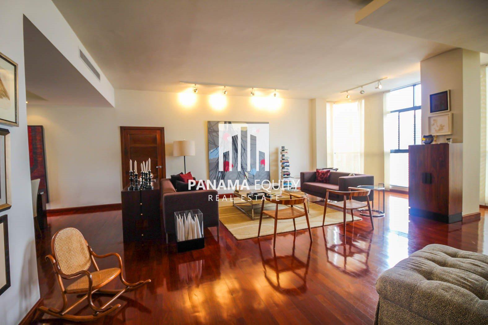 Artistic and Elegant Penthouse on Balboa Avenue