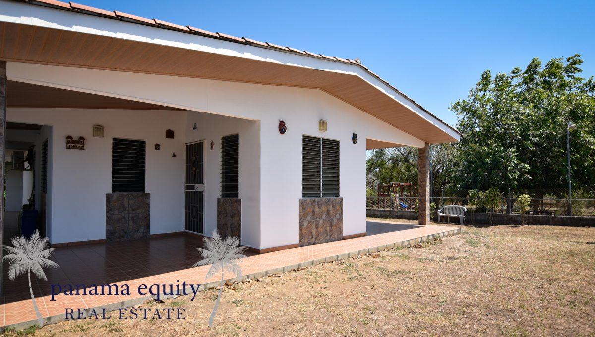 Veira House H2O (1 of 25)LEAD PHOTO
