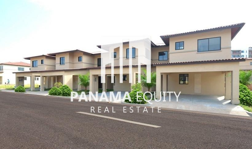 Woodlands-Panama-Pacifico-Townhouse-Resale-1